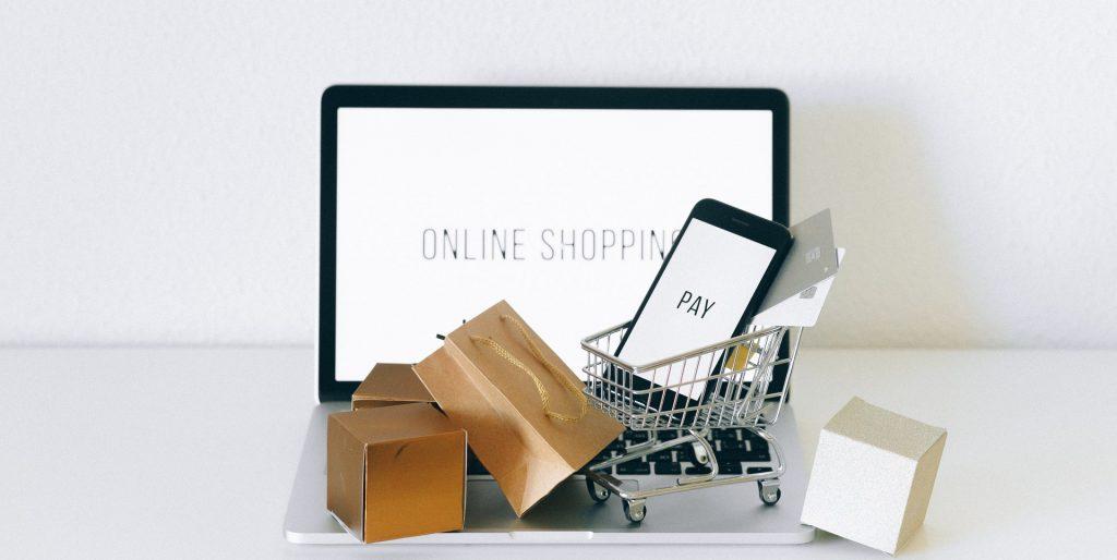 magasin physique et e-commerce